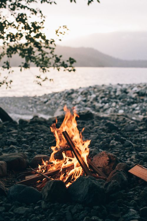 Fall-bonfire